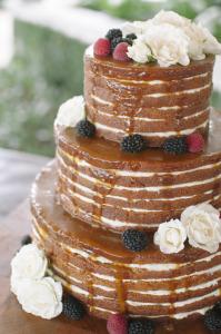 Ashley Seawell_naked Cake_guia de fornecedores_casamento em búzios.2