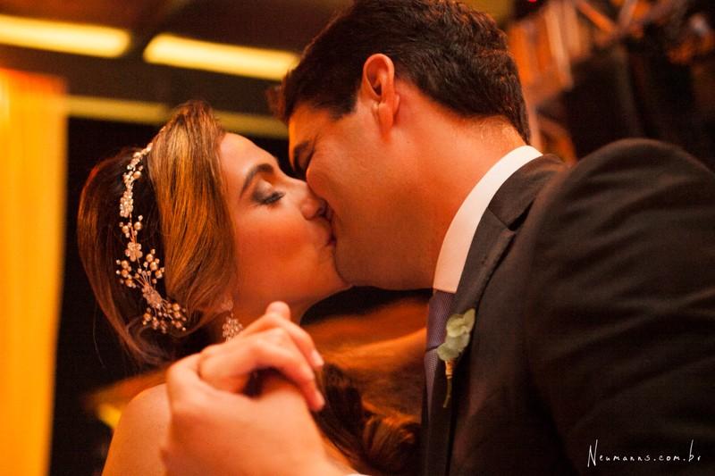 Casamentos na Praia_Carol e Ricardo_Blog Casamento em Búzios_Guia de Fornecedores_foto15
