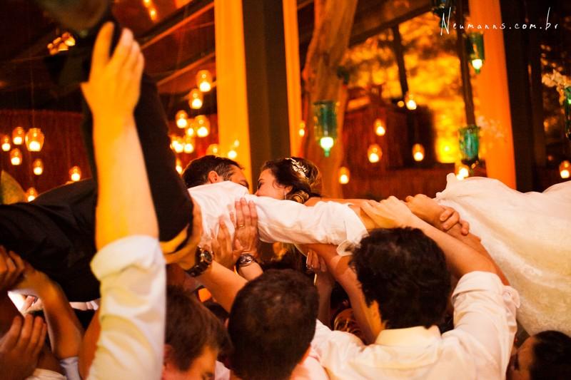 Casamentos na Praia_Carol e Ricardo_Blog Casamento em Búzios_Guia de Fornecedores_foto16