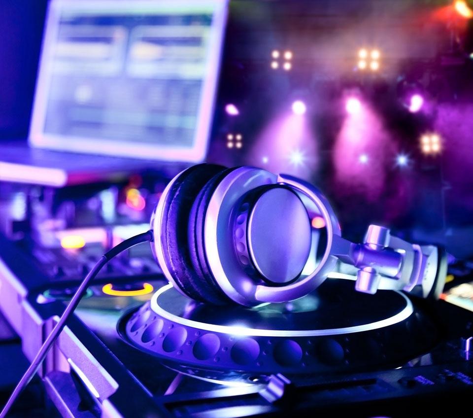 equipe-músicas_blog_casamento em búzios2