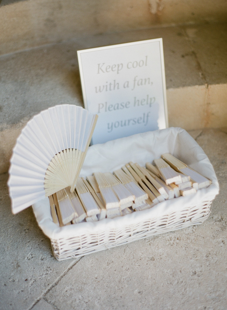 greg finck_leques_cerimônia_blog_casamento em buzios