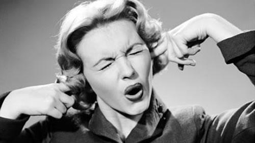 Ouvir-música-ruim_la parola