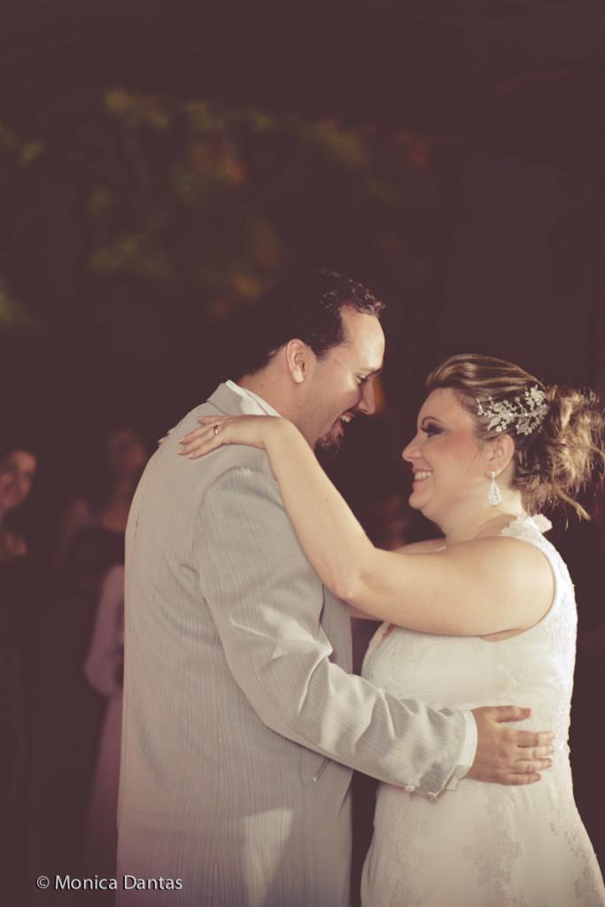 Casamentos na Praia_Carol e Marcio_Blog Casamento em Búzios_Guia de Fornecedores_foto31