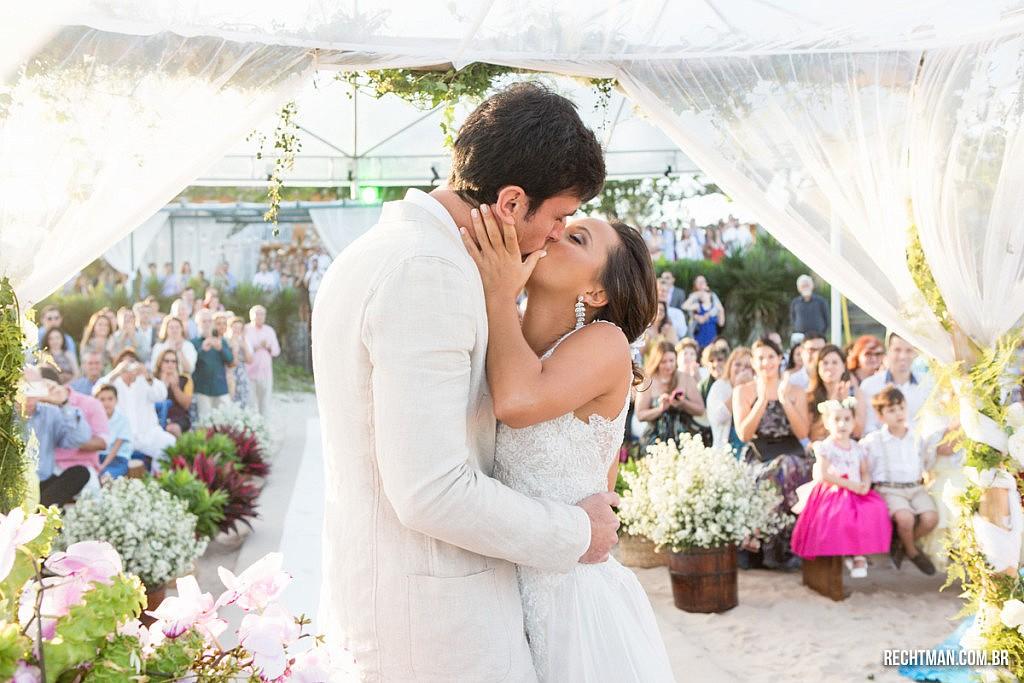 Casamentos na Praia_Búzios_Jessica e Roberto_Blog Casamento em Búzios_Guia de Fornecedores_foto52