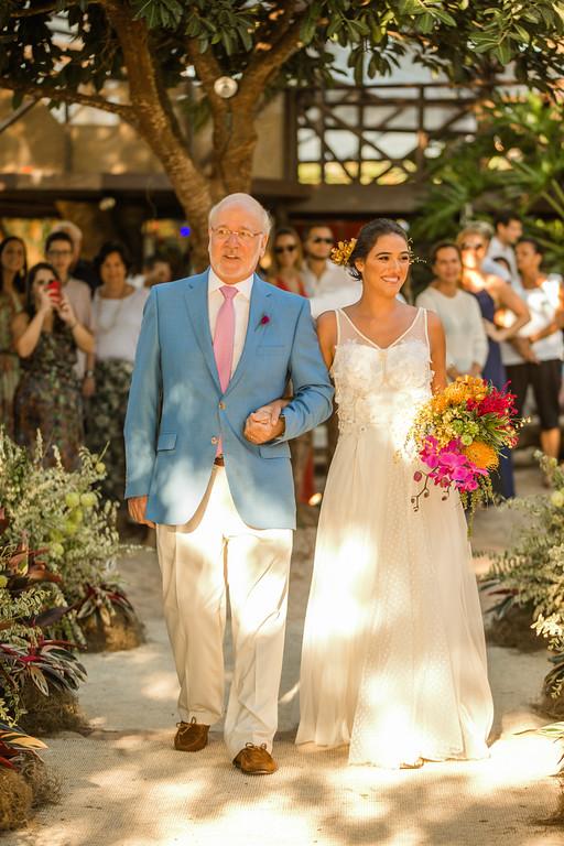 Casamento em Búzios_Destination Wedding em Búzios Luiza e Rodrigo_foto30