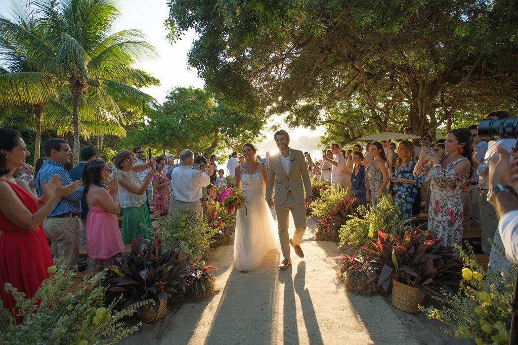 Casamento em Búzios_Destination Wedding em Búzios Luiza e Rodrigo_foto44