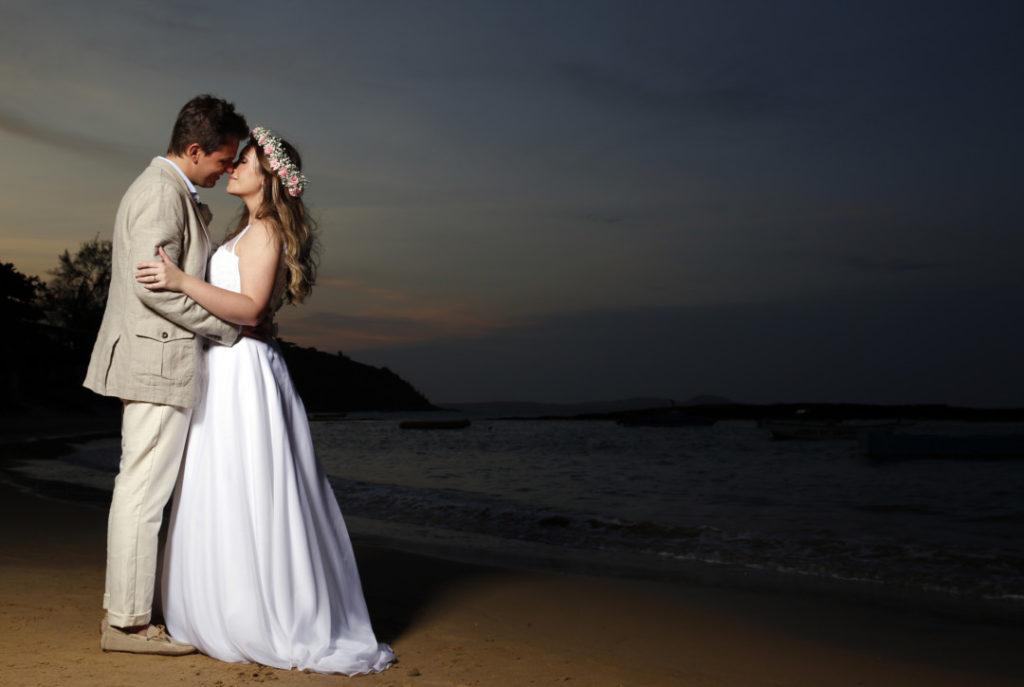casamento-em-buzios-renata-e-rafael_casamento-na-praia_foto-1
