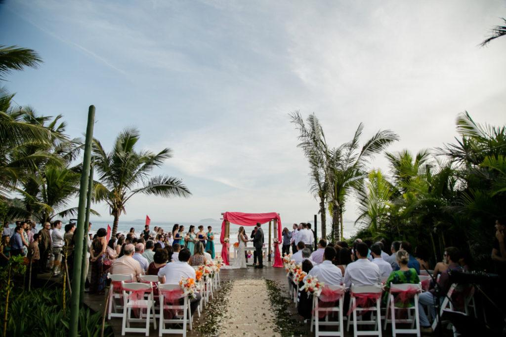 casamento-em-buzios-hanna-e-jay_foto-29
