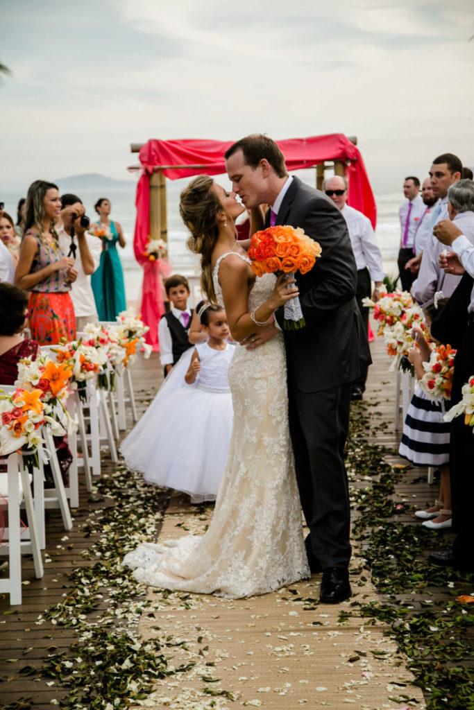 casamento-em-buzios-hanna-e-jay_foto-32
